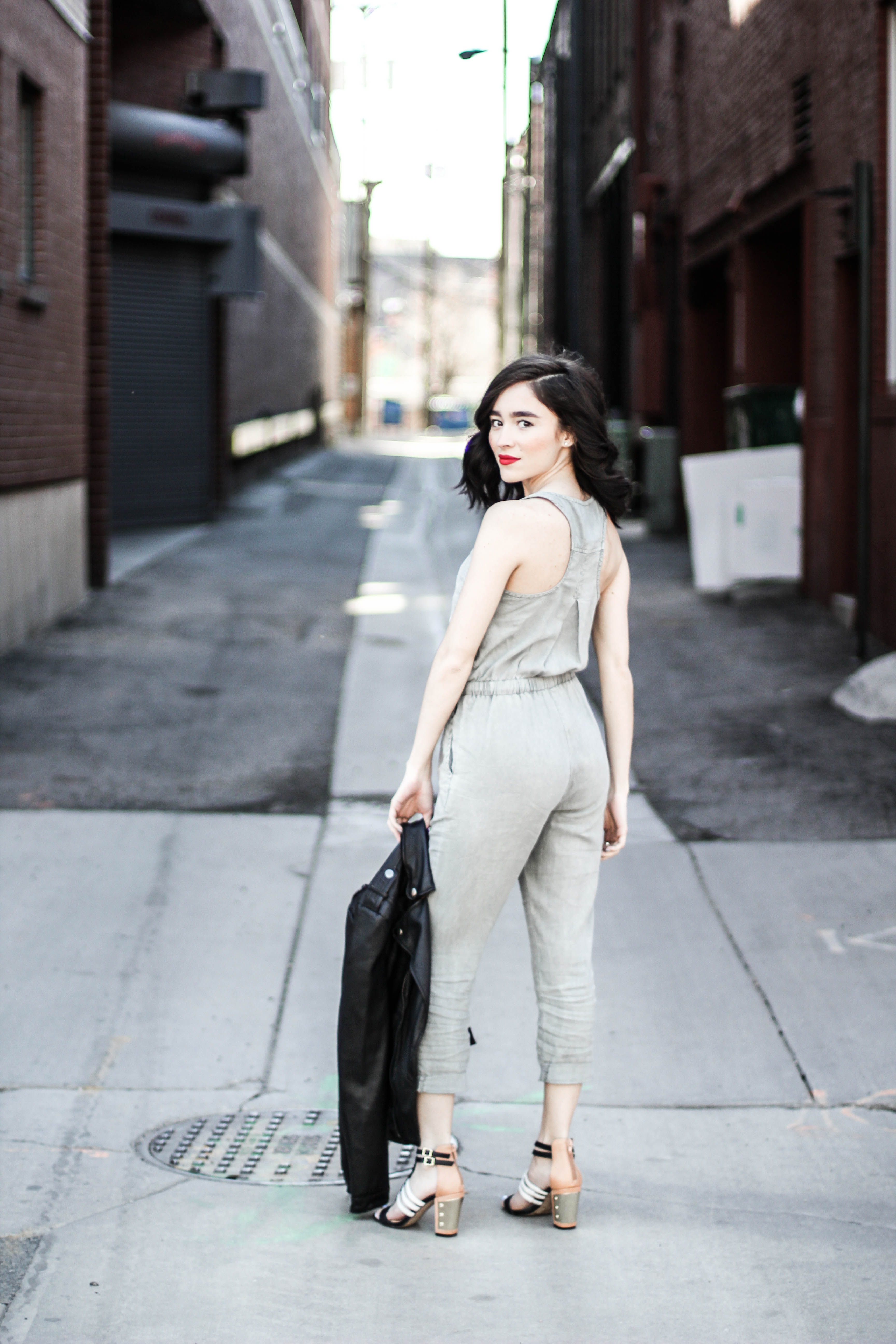 b9726ef8e22 I ve always had a slightly unhealthy addiction to rompers and jumpsuits.  This particular Cloth   Stone drawstring jumpsuit has been hard to stray  away from.